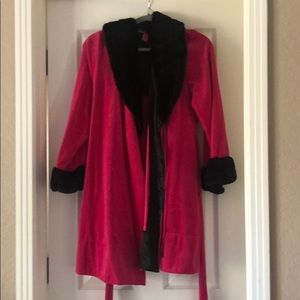 Betsy Johnson Holiday Robe